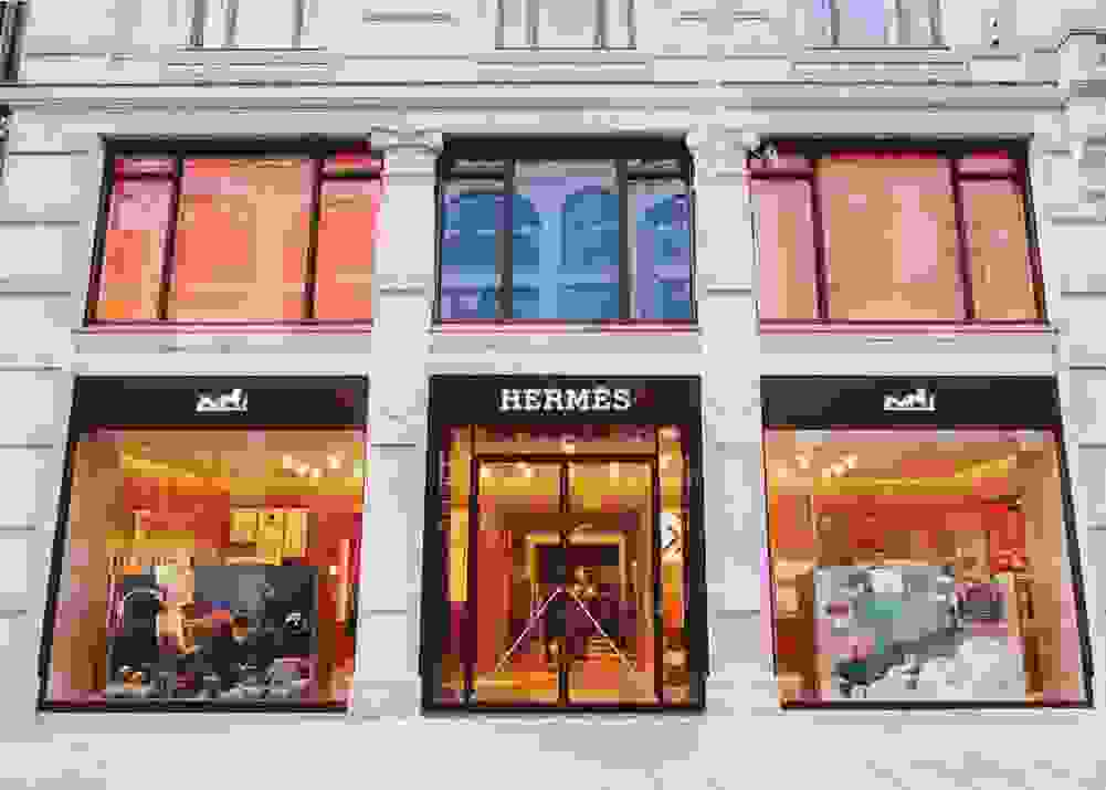 Hermès  unveils their newly located store in Nedre Slottsgate 15.